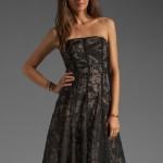 Dantelli Çiçek Desenli Siyah Elbise