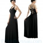 Dekoltesiz uzun siyah elbise