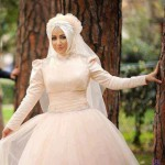 Krem Nişan Elbisesi