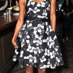 Siyah çiçek desenli askılı elbise