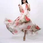 Yazlık çiçek desenli uzun elbise
